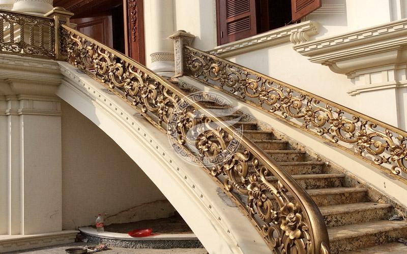 Cầu thang nhôm đúc MQP - CT12