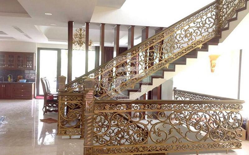 Cầu thang nhôm đúc MQP - CT13
