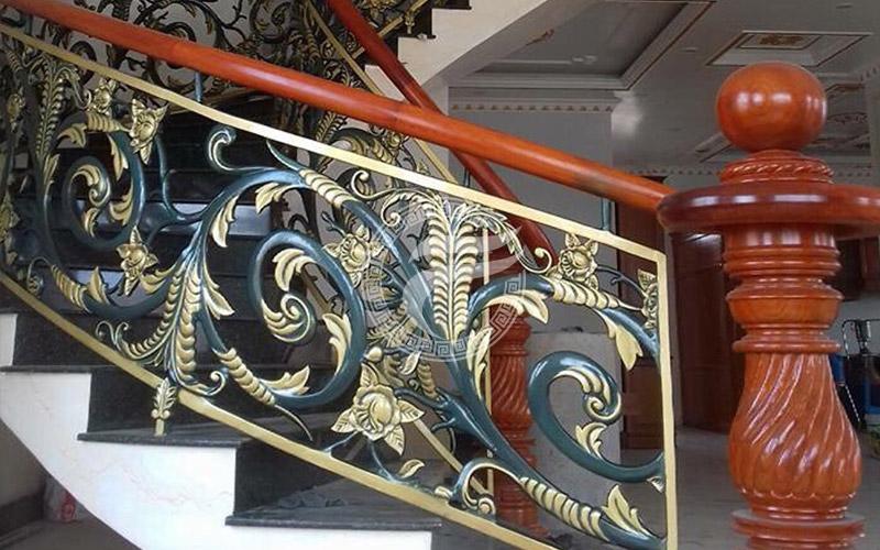 Cầu thang nhôm đúc MQP - CT18