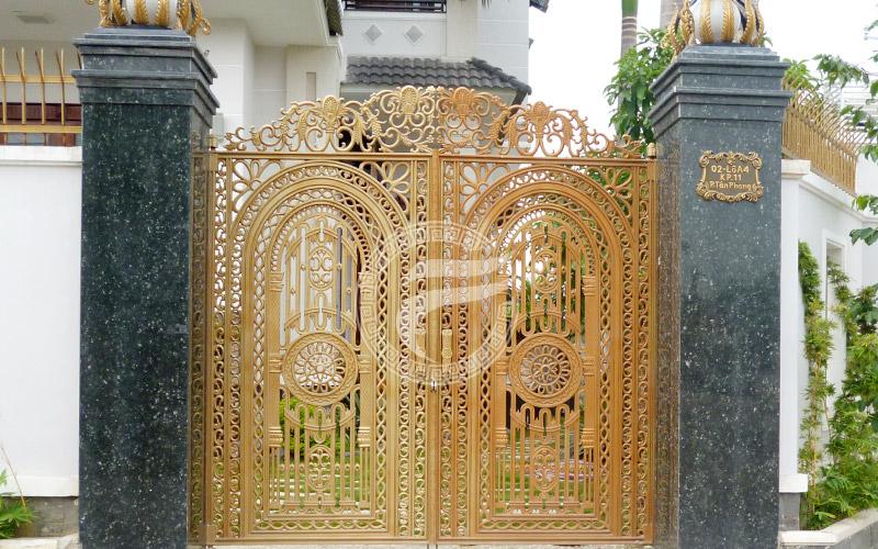 Cổng nhôm đúc - MQP02